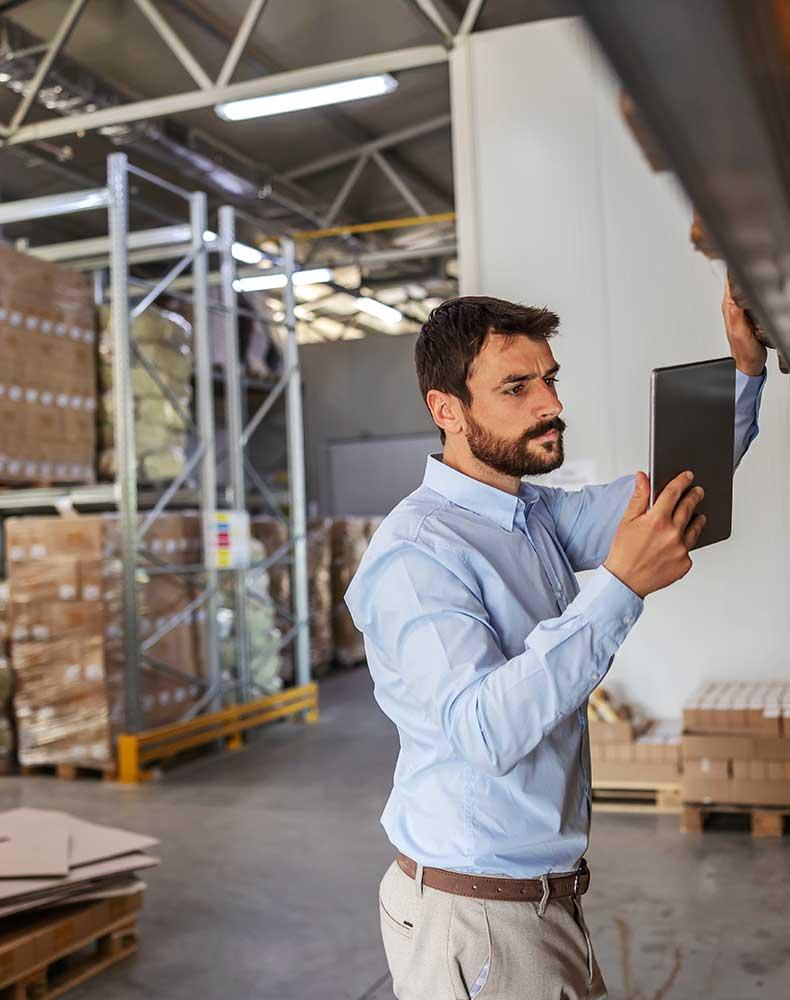slider_bls_logistics_01_warehouse2